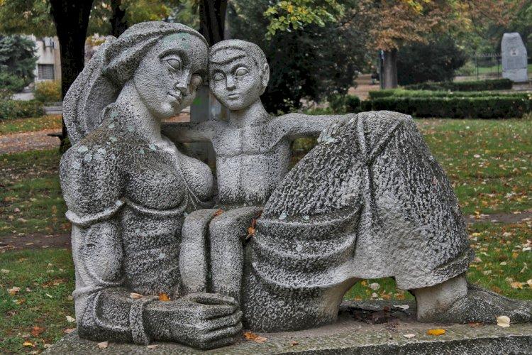 Най-удивителната фотоколекция от скулптури в цяла България