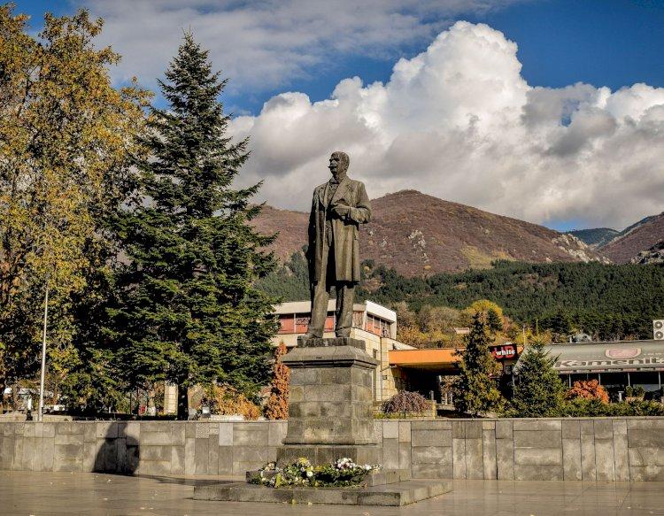 Експедиция Железен път - по пътя към морето: Градовете на Вазов и Левски