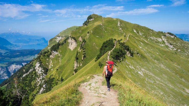 ТОП 7 екипировка за дълги преходи в планината